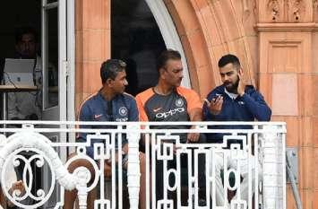 सब डरते हैं कोहली से, इस समय टीम में कोई नहीं जो उन्हें उनकी गलती बता सके