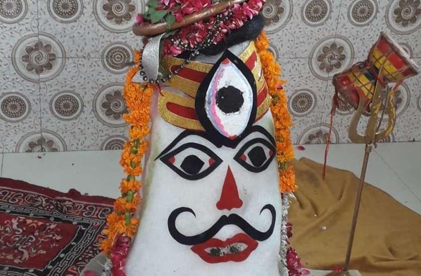 सावन का तीसरा सोमवार आज : शिव को रिझाएंगे श्रद्धालु