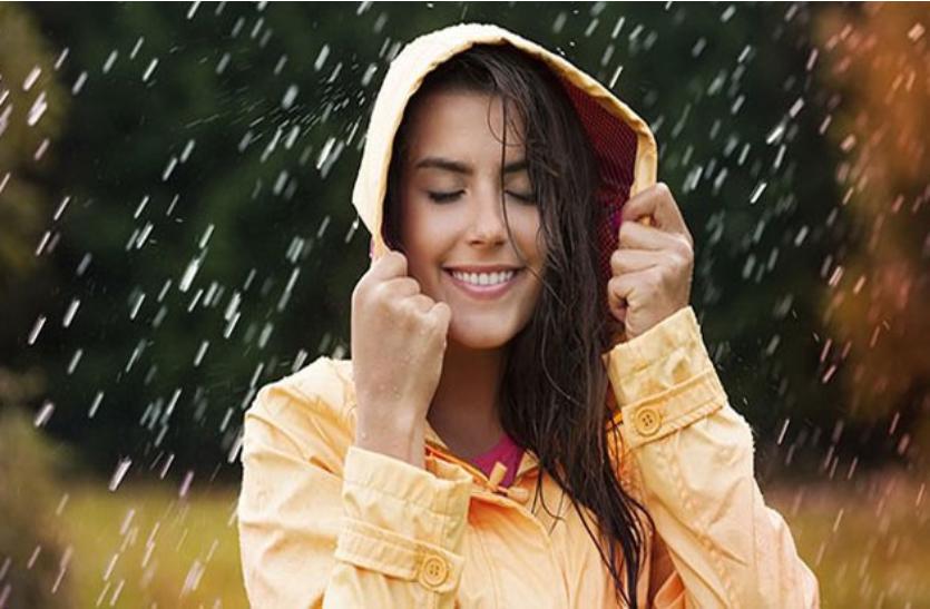 Monsoon skin care: फॉलो करें यह टिप्स, त्वचा दिखेगी खिली खिली