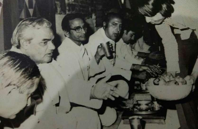 अटल सादगी: तांगे पर बैठकर करते थे मालवा में चुनावी प्रचार