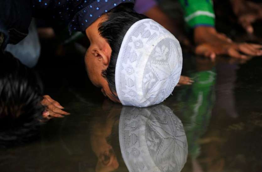 सऊदी अरब: बारिश में फंसे हजयात्री, 20 लाख लोगों पर बाढ़ का खतरा