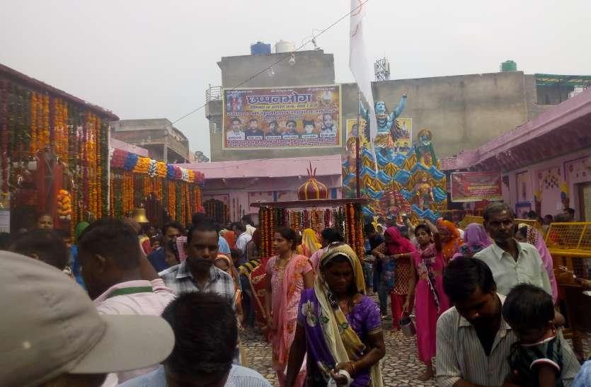 श्रावण मास के अंतिम सोमवार को पृथ्वीनाथ महादेव पर भक्तों का सैलाब