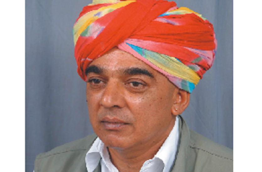 MLA मानवेन्द्रसिंह ने भारत रत्न अटल के लिए मारवाड़ रीत में मनाया शोक, खाकी पगड़ी पहनी
