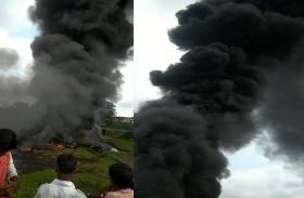 हरे धान के खेत से आचान उठने लगी आग की लपटे और धुंए का गुबार, अवाक रह गए ग्रामीण