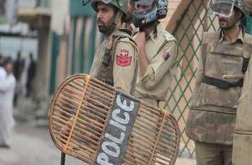 कश्मीर पुलिस की नई रणनीति, जवानों की परिजनों से मुलाकात के नए नियम तय