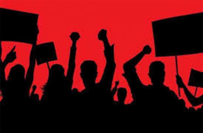 कांग्रेस ने सिंधिया को धमकी व भाजपा ने सीएम पर हुए हमले का किया विरोध