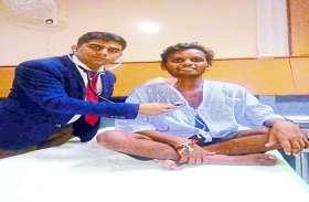इस डॉक्टर ने मरीज को आइसक्रीम खिलाकर बचाई उसकी जिंदगी, इस गंभीर बिमारी से जूझ रहा था