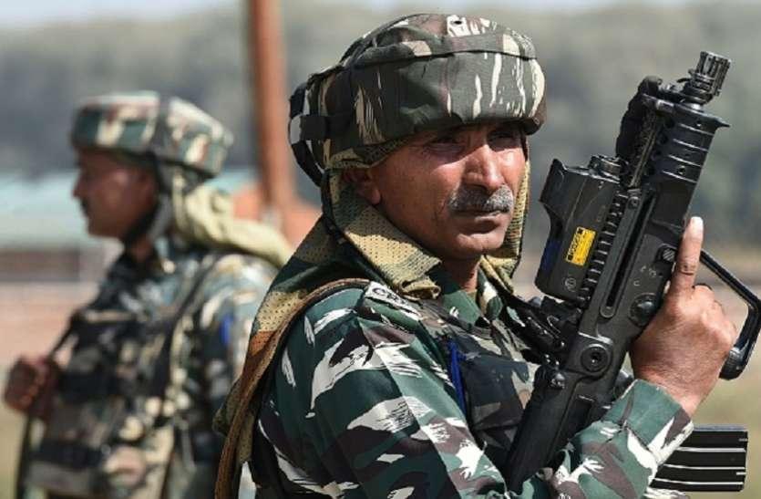 बांदीपोरा में सेना ने तीन आतंकियों को उतारा मौत के घाट, हथियारों का जखीरा बरामद, एक जवान शहीद