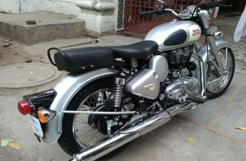 धड़ल्ले से बिक रही है ये सस्ती बाइक, इसे खरीदने के लिए युवाओं में जबरदस्त क्रेज़