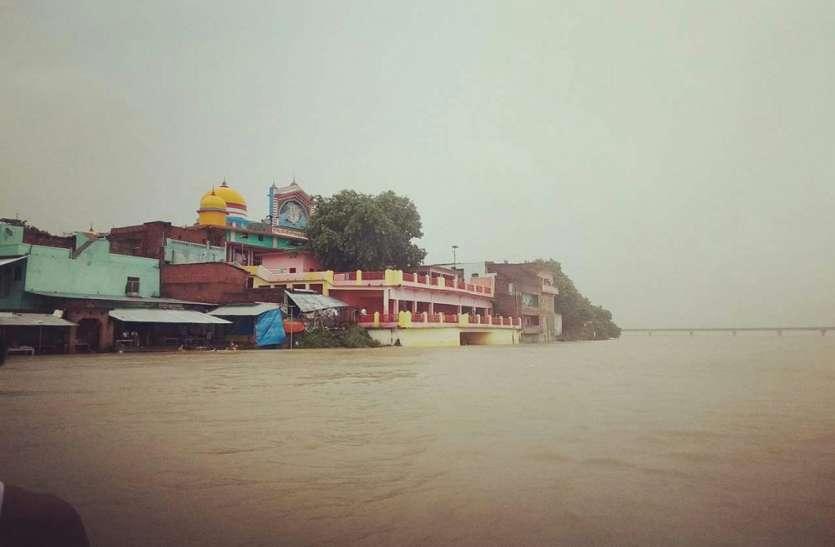 गंगा ने मचाई तबाही, कई गांवों में पहुंचा बाढ़ का पानी