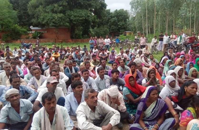 आंदोलित मजदूरों ने सौपा 53 सूत्रीय मांगों का पत्र, एसडीएम ने कहा मिलेगा श्रमिकों का हक