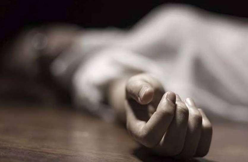 स्कूटी चलाने से रानाज था पति, मां के साथ मिलकर कर दी पत्नी की हत्या