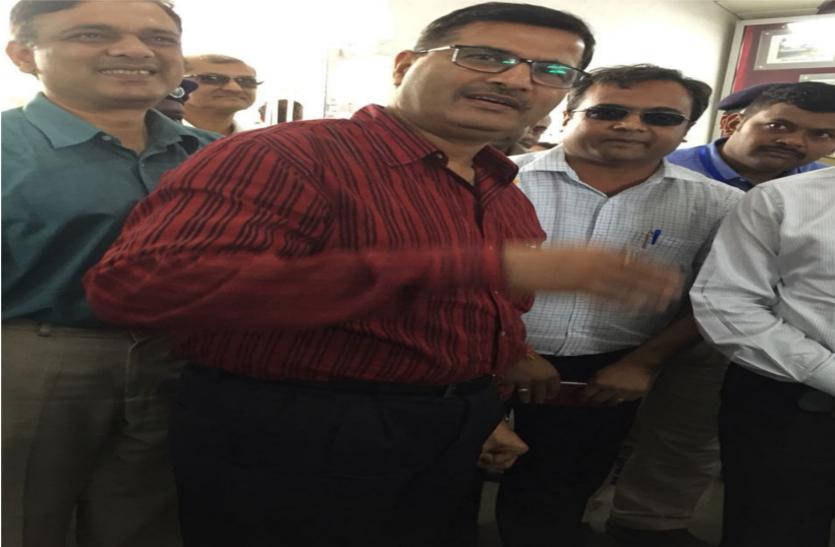 रेलवे बोर्ड अध्यक्ष का डीसी रेल लाइन फिर से शुरू किये जाने की संभावना से इंकार