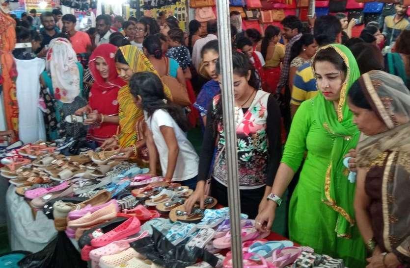 Patrika Mega Trade Fair : जन्माष्टमी की छुट्टी के दिन खूब उमड़े खरीदार, मौज-मस्ती का मजा भी लूटा