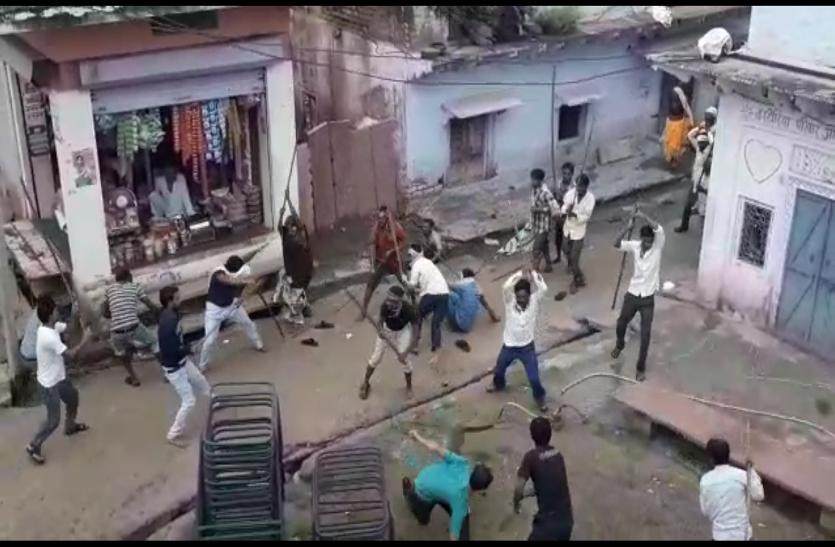 देखे वीडियो: हिंडौन सिटी में दो पक्षों के बीच कैसे हुआ खूनी संघर्ष, जानिए: घटना से जुडी हकीकत...