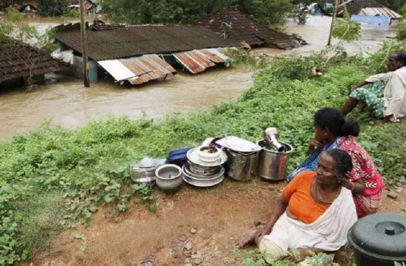 केरल में भीषण बाढ़ के बाद अब बीमारियों का कहर, लेप्टोस्पाइरोसिस से 12 की मौत