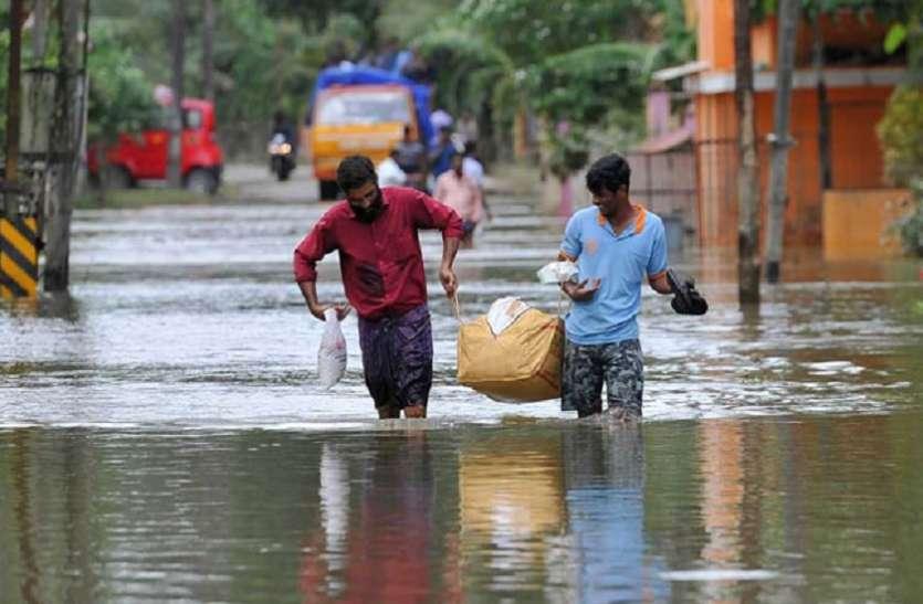 केरल में भीषण तबाही के बाद अब बात पुनर्निर्माण की, राज्य सरकार को चाहिए 30,000 करोड़ रुपए