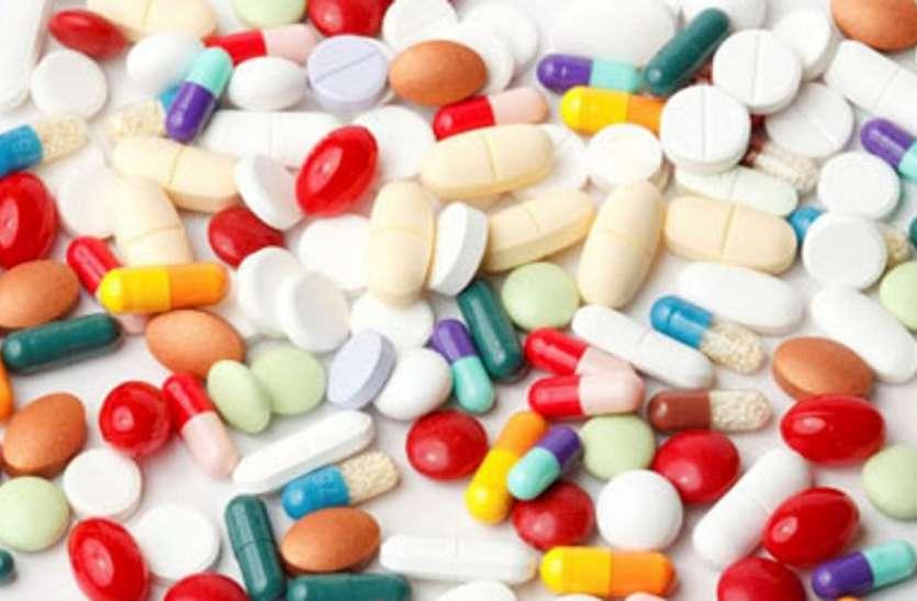 मेडिकल स्टोरों से गायब हुई टीबी की दवा, मरीजों से हो रहा विवाद