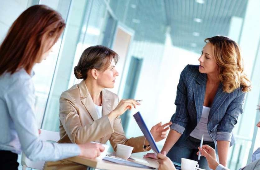 चुनौतियों के बीच कामकाजी स्त्रियां