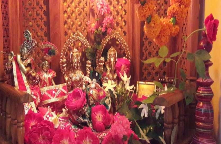 खाटू श्याम मन्दिर में मूविंग झांकी के संग मेले का आनन्द