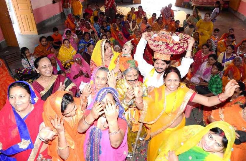 मंदिरों में मनाया नंदोत्सव, झांकियां देखने उमड़े श्रद्धालु