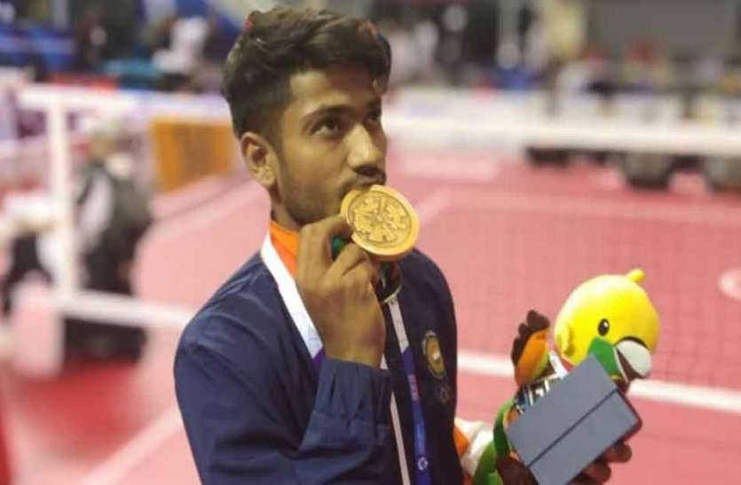 एशियाड से पदक जीत भारत लौटा यह एथलीट फिर भी चाय बेचने को है मजबूर