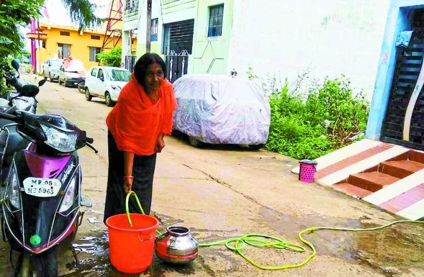 कावेरी स्टेट में तीसरे दिन भी पानी को तरसे लोग