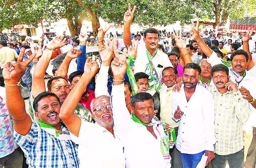 शहरी निकाय चुनाव में जीत से कांग्रेस और जद-एस गठबंधन को मिली मजबूती