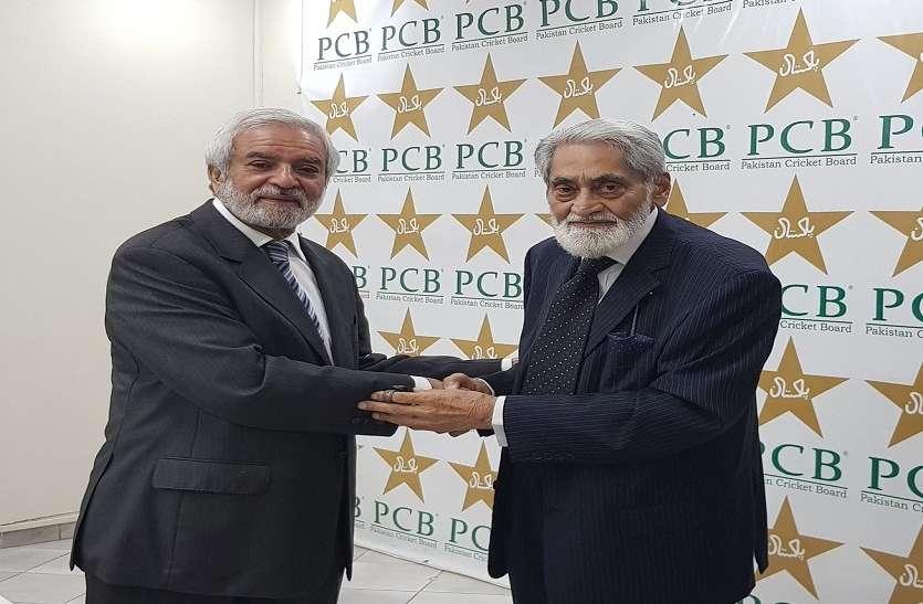 इमरान खान के करीबी एहसान मनी पाकिस्तान क्रिकेट बोर्ड के नए चेयरमैन बने