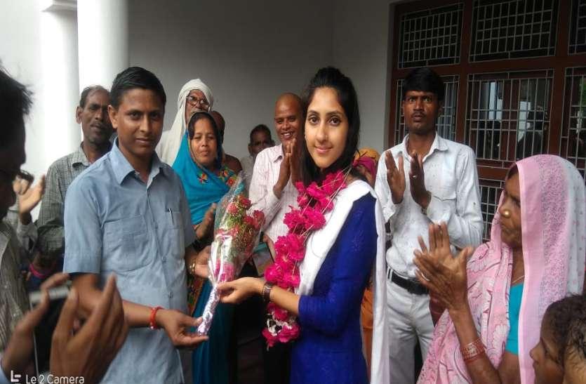 एक्टिव मोड में आईं अदिति सिंह, घर-घर जा कर लिया सबका हाल