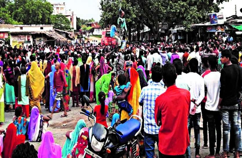 शहीद नगरी में धूमधाम से मनी जन्माष्टमी, उमड़ी लोगों की भीड़