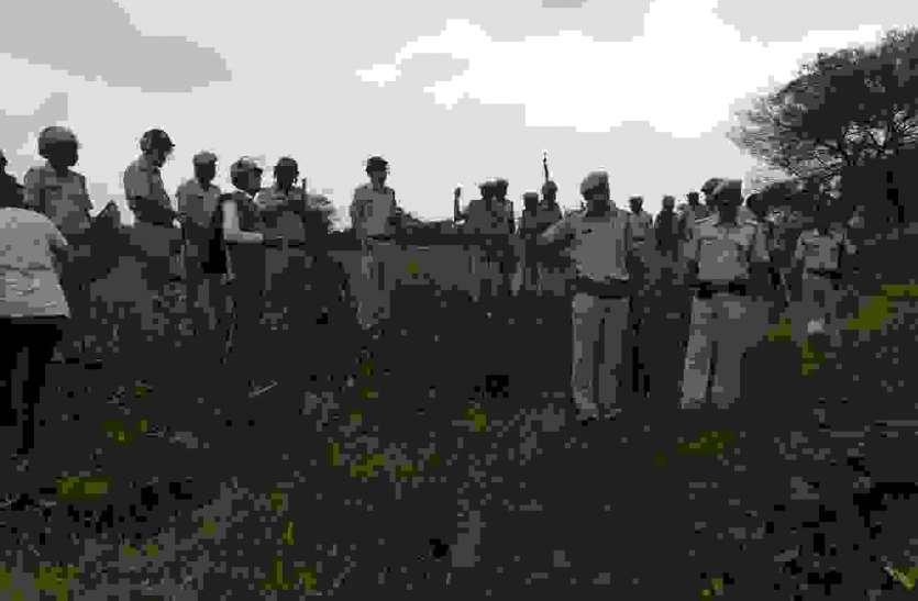 छात्र पर जानलेवा हमले के विरोध में ग्रामीणों का आरोपी के गांव पर हमले का प्रयास, की हवाईफायरिंग