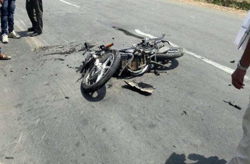 NH -30 पर बाइक सवार को ठोकर मार आधी दूरी तक घसीटते हुए चला गया ट्रक, हुई दर्दनाक मौत