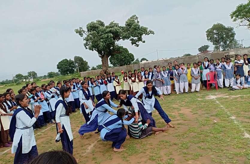 मुख्यमंत्री कप में विद्यार्थियों ने दिखाया टैलेंट, लड़कियों ने कुश्ती, कबड्डी, वॉलीबॉल में दी प्रतिद्वंदियों को पटखनी, आज भी भिडेंगे खलाड़ी
