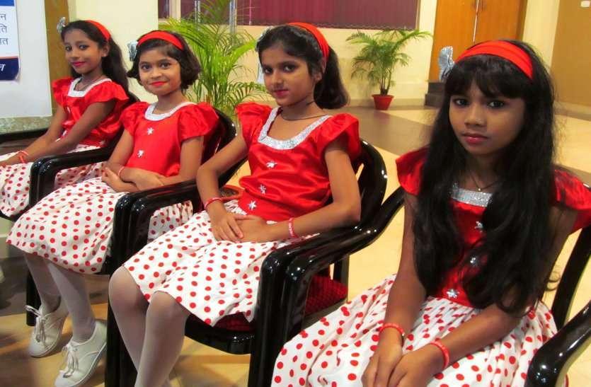 Photo Gallery  :  बीएसपी के सीईओ ने किया शिक्षकों सम्मान