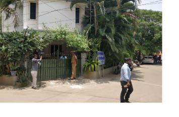 तमिलनाडु के स्वास्थ्य मंत्री व पुलिस महानिदेशक के आवास पर सीबीआई छापे