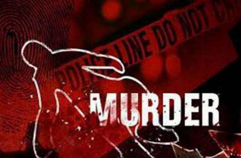 प्रेमी ने की थी हत्या, पुलिस ने पकड़ा