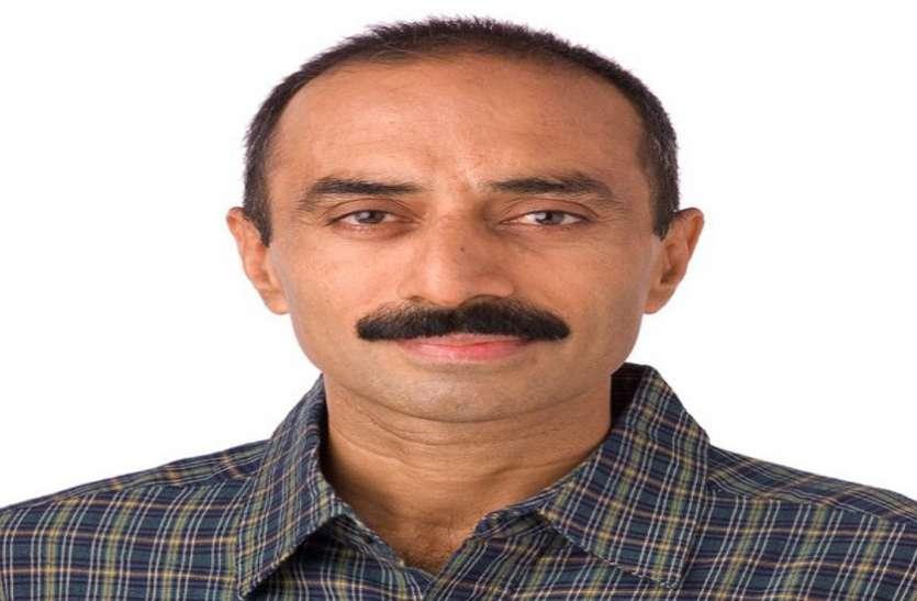 पूर्व आईपीएस अधिकारी संजीव भट्ट 22 साल पुराने मामले में गिरफ्तार