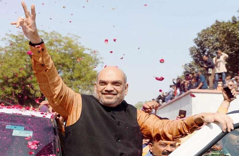 थोड़ी देर में रायपुर पहुंचेंगे अमित शाह, अटल विकास यात्रा को दिखाएंगे हरी झंडी