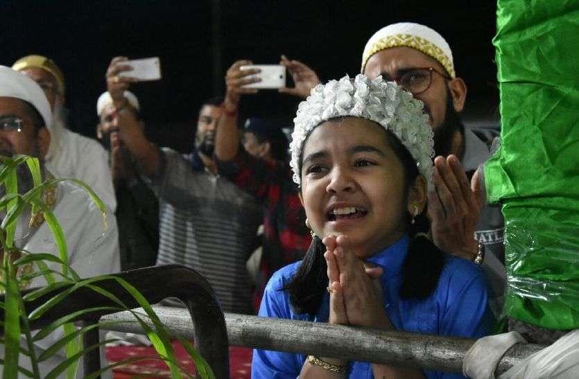 dharm guru Syedna latest hindi news