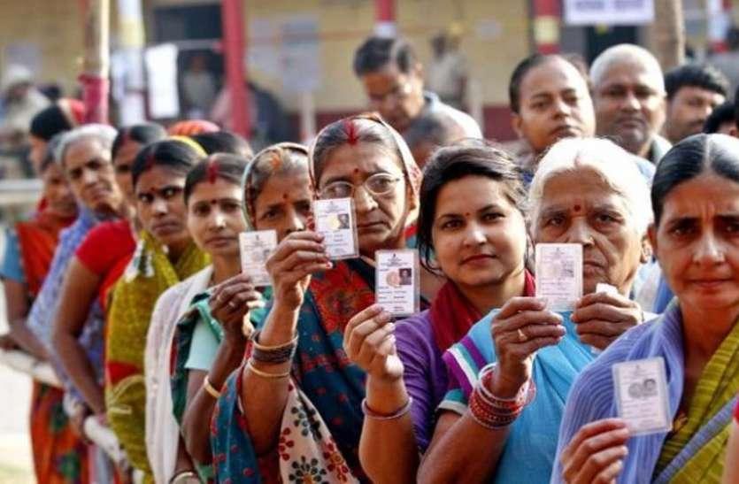 लोकतंत्र के लिए कितना मुफीद माल-ए-मुफ्त?