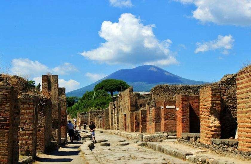 इटली का प्राचीन शहर पोम्पेइ