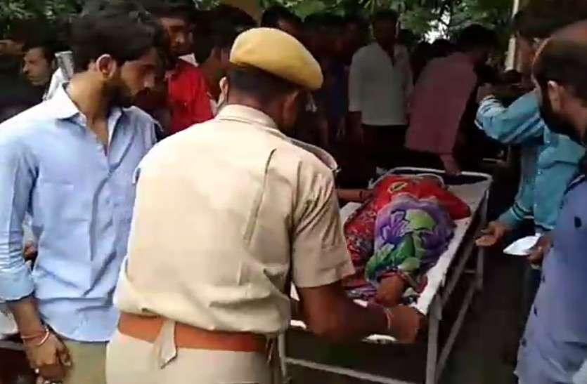 राजस्थान में यहां खाई में पलटी निजी बस, डेढ़ दर्जन लोग घायल