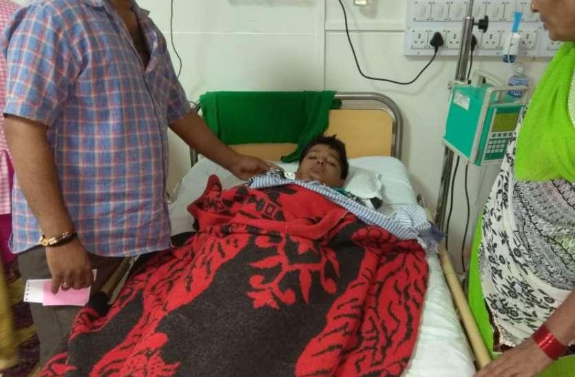रात को पेट में दर्द के साथ हुई उल्टी, दो दिन बाद जांच में बच्चे को डेंगू की पुष्टि