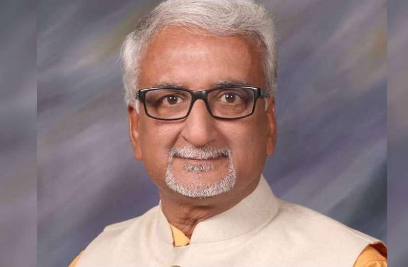 आईएमए चुनावी घमासान शुरू, डॉक्टर अतुल ने किया पहला नामांकन