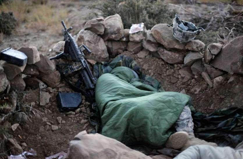 नींद नहीं आती? तो आर्मी की इस ट्रिक को करने से मिनटों में आ जाएगी नींद! ज्ञान ले लीजिए नहीं तो होगा पछतावा