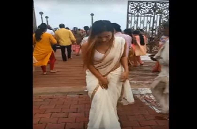 model made video mahakaleshwar temple security issues raised