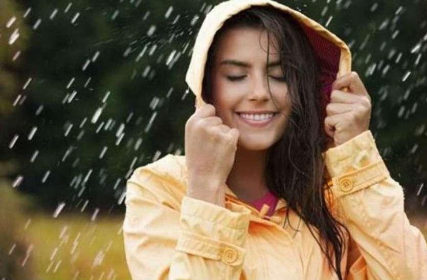 बारिश के साथ इस बीमारी का इलाज डॉक्टरों के लिए बना चुनौती, देखें वीडियो
