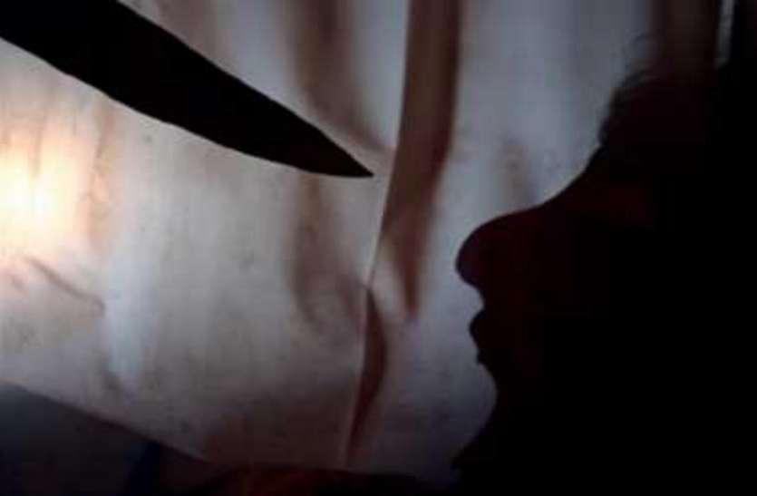 दिल्ली: एक युवक को लुटने से बचाने पहुंचे लड़के पर बदमाश ने चाकू से किया वार, मौत