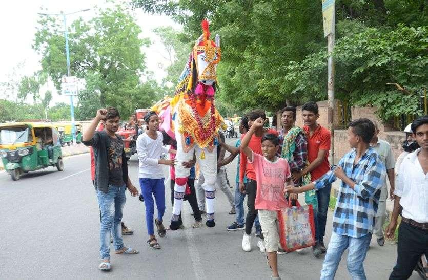 जोधपुर में हर सडक़ पर बाबा के जातरुओं की कतार